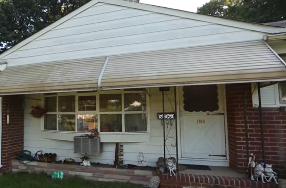 Neighbor, Report, Widow, Messy Home, Home, Mess, story, amazing, help,