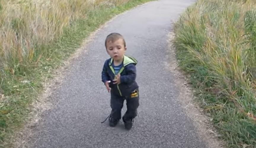 Kid, Dwarfism, Story, trending, touching, Inspiring,