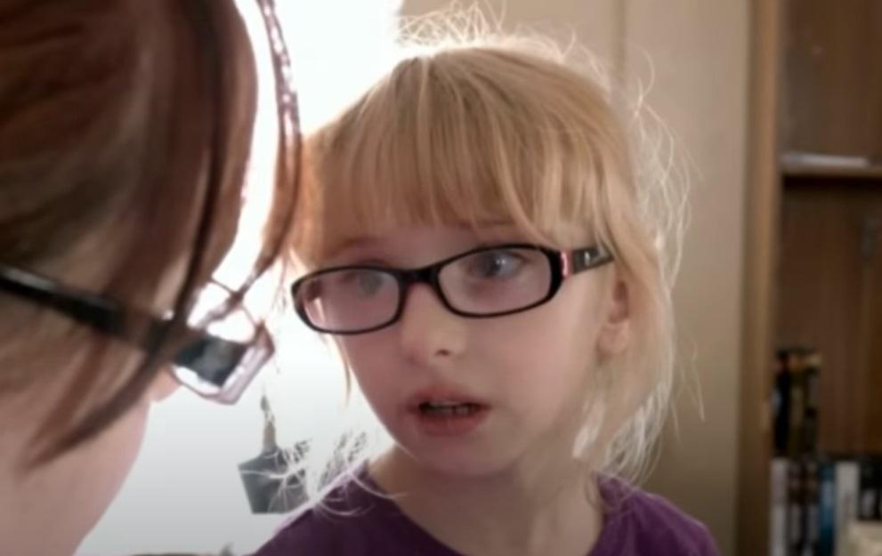 Bullie, girls, story, school, Glasses, social,