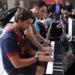 Talented stranger rock this pubilc piano