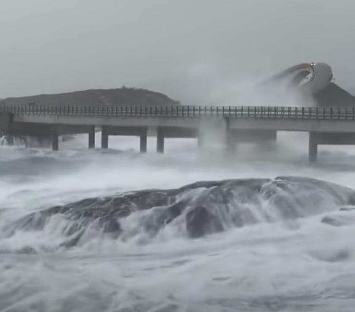 Drive, dangerous, roadway, bridge, Norway, Ocean,