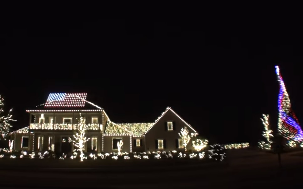viral video,christmas,video,decoration,lights,christmas decoration,christmas light,houses in christmas,viral video,most viewed video,most shared,most watched video,best christmas video,beautiful colors,video full of colors