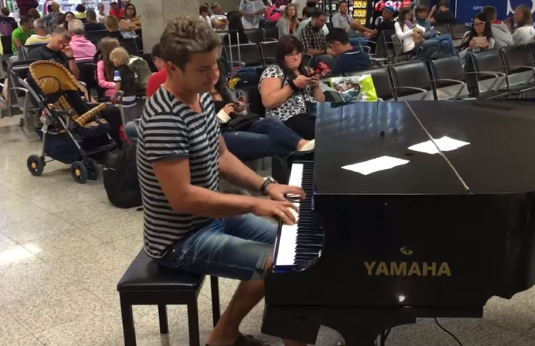 viral,video,piano,song,airport,malta,public piano,best piano playing,piano skills,piano talent