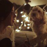 Adorable reaction for a Christmas song