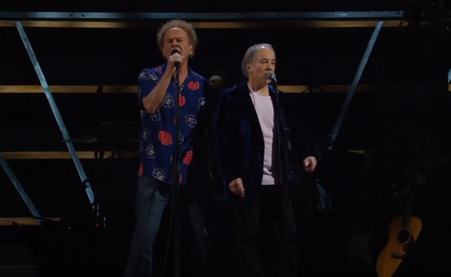 """Simon, and, Garfunkel, Bridge, Over, Troubled, Water, Madison, Square, Garden, New, York, 2009, 25th, ANNIVERSARY, ROCK, AND, ROLL, HALL, OF, FAME, CONCERT,viral video,best moements,viral song,best song,music,performance,great performance,perform,talent"
