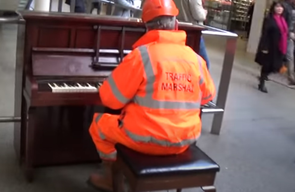 boogie woogie, st pancras station, play me piano, street piano, play me i'm yours, st pancras, jools holland, blues, piano blues, rockabilly, rock and roll,