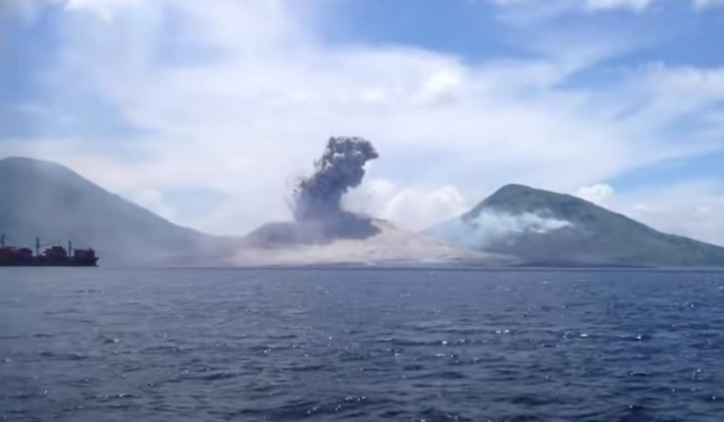 viral,video,incredible,viral video,viral stuff,natural phenomena,disaster,mother nature,volcano,eruption,ocean,new guinea,amazing nature
