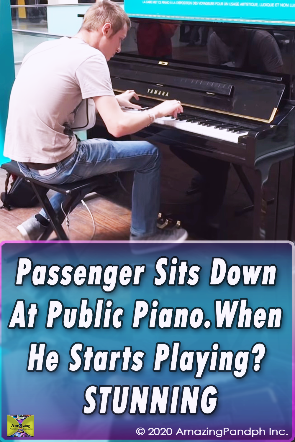 Piano, amazing skill, incredible talent, virtuoso, unbelievable talent, classically trained, SNCF, Paris, Paris, France,public piano,impressive playing,public music,piano talent,amazing playing,impressive piano playing,carl le pianiste,french pianiste